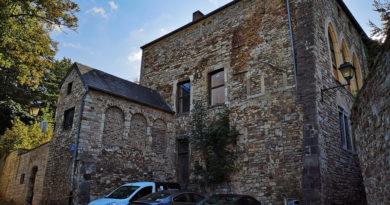 La Maison Près la Tour vendue 1 € symbolique : Quand le Partenariat Public Privé (PPP) est au service de la privatisation.